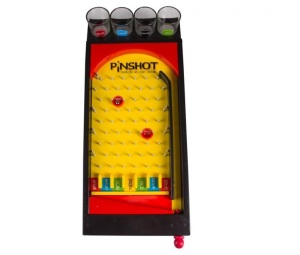 Jogo pinball com copos pinshot