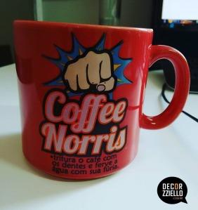 caneca-coffe-norris